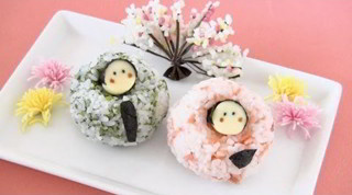 Easy Hinaningyo Rice Balls for Hinamatsuri Recipe 雛祭りに簡単雛人形おにぎり レシピ