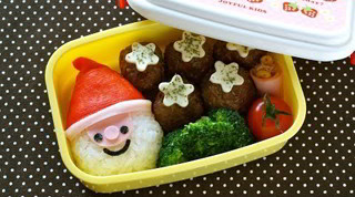 How to Make SUPER EASY Last-Minute Santa Claus Bento Lunch Box (Recipe) 超簡単!サンタクロース弁当の作り方 (レシピ)